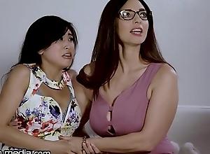 Order about Lesbian MILF Helps Juvenile Oriental Fustigate Fears!