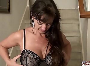 USAwives Telling Compilation with Hawt Milf Pictures