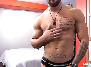 Straight French Canadian Muscle Hunk &amp_ His Webcam Solo