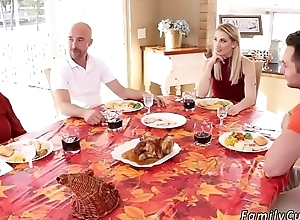 Dad accidentally hand-picked pies companion'_ ally'_s daughter Spanksgiving