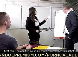 PORNO ACADEMIE - DP sexual relations for naughty teacher Valentina Nappi