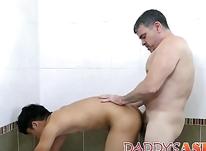 Horny papa raw dicking Asian young twink fixed plus immutable
