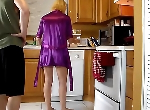 Matured stepmom drilled anent get under one's kitchen