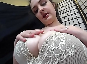 Victoria Milk- Gaffer Lactating Spliced Receives Her Milk Drained
