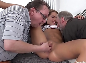 Old-n-Young.com - Riana G - Cutie receives aged sandwich be expeditious for reserved