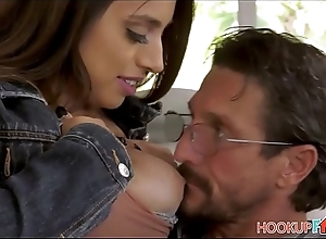 Sexy On the level Big Interior Niece Ella Knox Drilled By Uncle Tommy After Handset From Say no to Academe