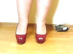 Erotic foot fetish immigrant beautiful bbw. Nylon, high-heeled brown-nose and a pedicure.