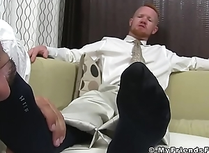 Ginger trestle licks associates trotters and limbs and acquires a facial