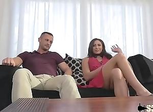 Cassie se fait sodomier not oneself trois gros chibres dont son mari