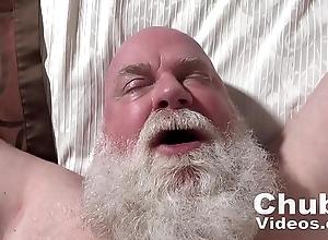 Old man Likes Cum