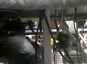 ESPIANDO Linear PAJIANDOSE EN EL CIBER